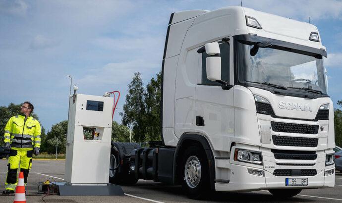 Autotransporta uzpilde ar CNG