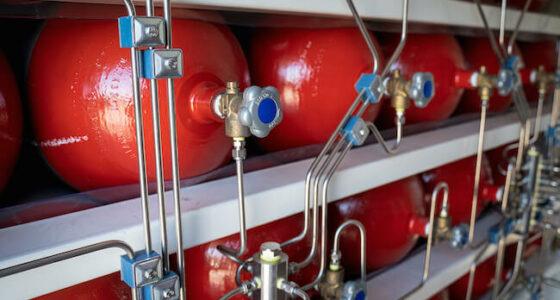 Saspiestas dabasgāzes uzglabāšana un transports